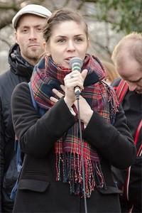Aktivistka - Solidární shromáždění: Nenecháme se zastrašit! Solidarita s Klinikou!