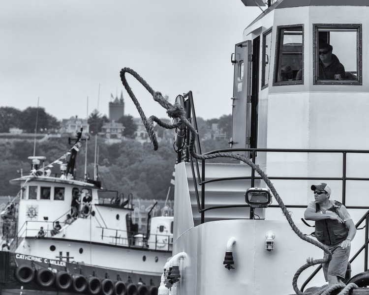 2013TugboatRaceAndFestival-35
