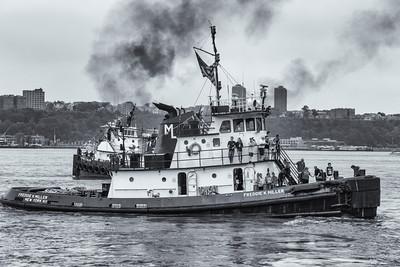 2013TugboatRaceAndFestival-30