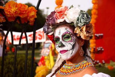 Halloween & Dia de Los Muertos (Oct-Nov)