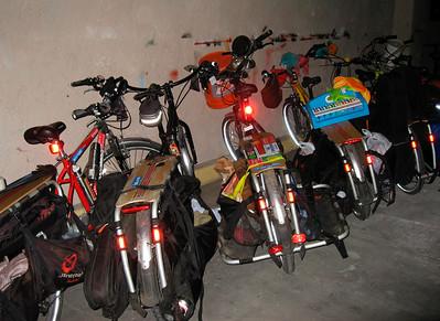 Parking lot @ Casa de la Raza