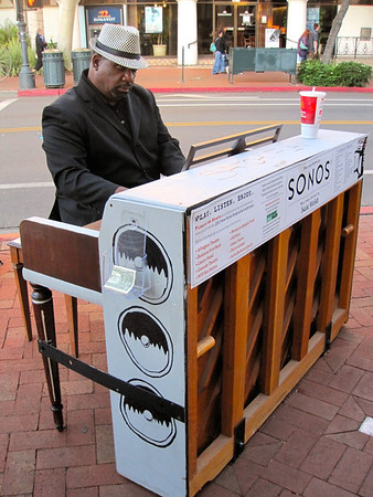 Pianos on State project (Nov 2011)