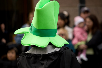 Lotsa Green Hats here