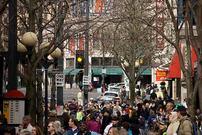 Crowd waiting for the Parade