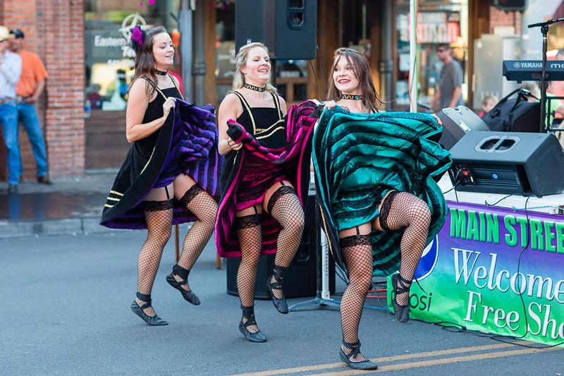 Can-can girls; Main Street, Pendleton