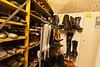 Einige Hundert Paar Schuhe warten auf den Einsatz