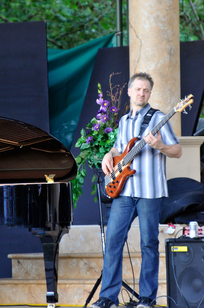 2011_sherwood_musicongreen_KDP6645_072011.jpg