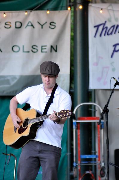 2011_sherwood_musicongreen_KDP7421_072711.jpg