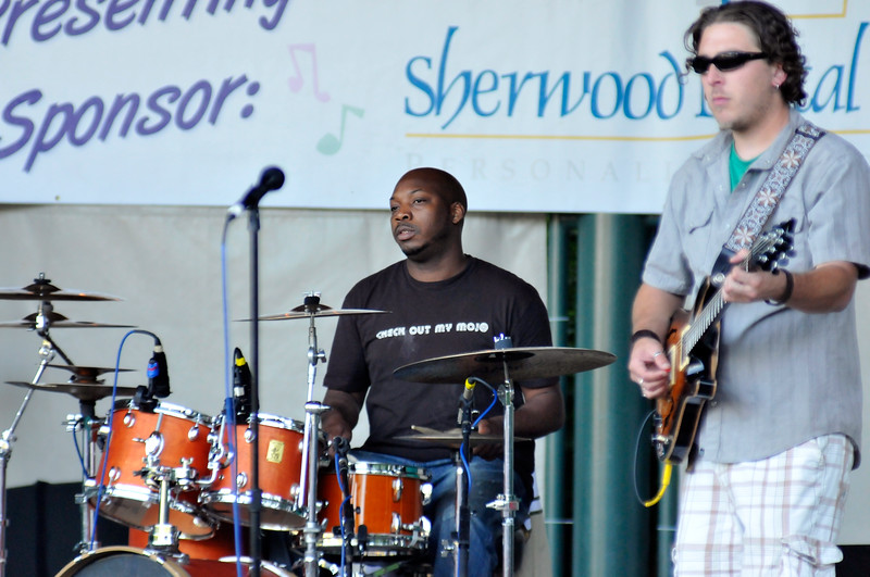 2011_sherwood_musicongreen_KDP7392_072711.jpg