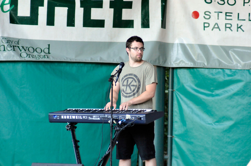 2011_sherwood_musicongreen_KDP7397_072711.jpg