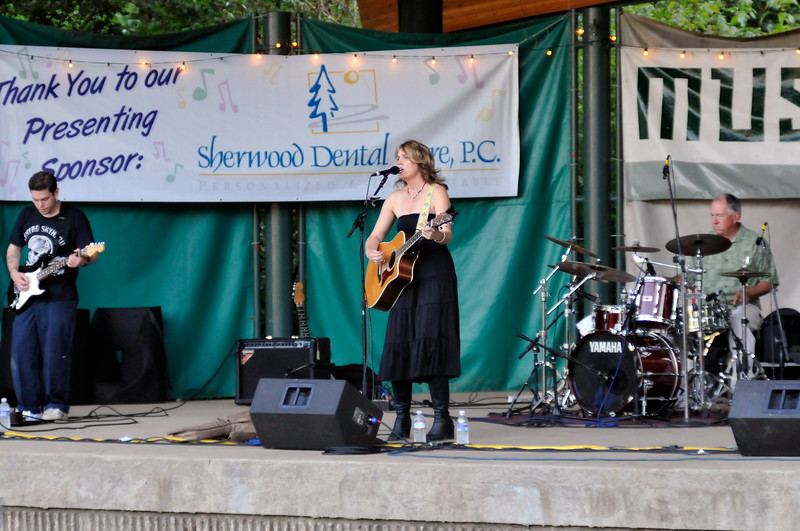 2011_sherwood_musicongreen_KDP8059_080311.jpg
