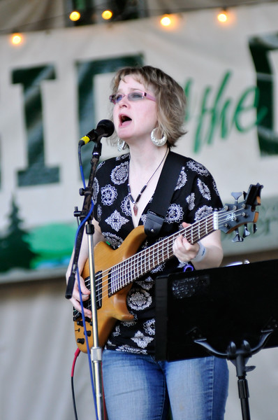 08-03-11 Sherwood Music On The Green