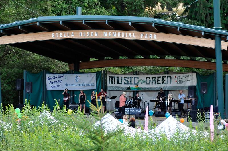 2011_sherwood_musicongreen_KDP8768_081011.jpg