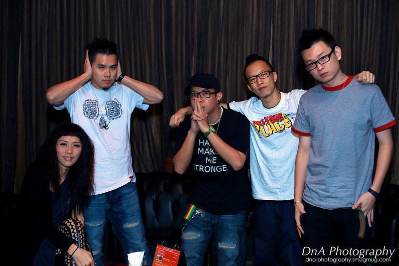 ManHanD「慢行」members (from left to right): Von, Daeren, MC Bee, MC Toy & DJ Point