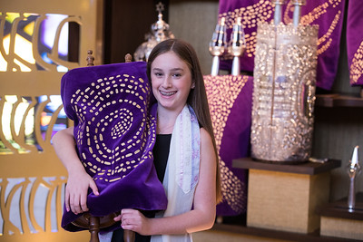 Annie and Sophie sde Miami Beach Temple Beth Shalom Mitzvah (114 of 30)
