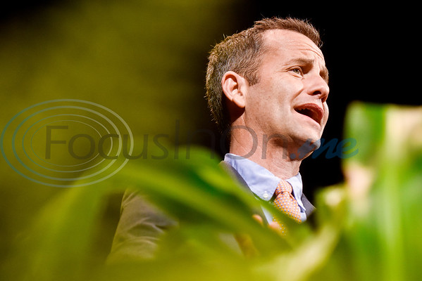 Actor Kirk Cameron speaks at Christian Homes and Family Services dinner