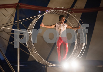 The Perez Duo performs on the Destiny Wheel during the traveling Culpepper & Merriweather Circus at Winchester Park in Chandler, Texas Friday Oct. 20, 2017.   (Sarah A. Miller/Tyler Morning Telegraph)