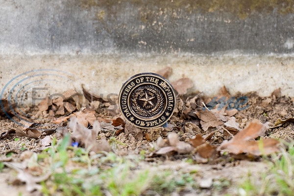 A real daughter medallion at the grave site of Mary Jane Boren Pegues during a memorial event hosted by the Charles G. Davenport chapter of the Daughters of the Republic of Texas at Oakwood Cemetery in Tyler, Texas, on Thursday, Oct. 4, 2018.The event honored real daughters, daughters of Texas pioneer families living in Texas during the Republic of Texas era, and members unveiled plaques at the real daughters' grave sites. (Chelsea Purgahn/Tyler Morning Telegraph)