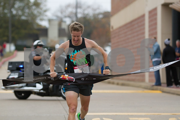 Clay Emge finished 1st in the 13th Annual Tyler Turkey Trot. Emge's time was 16:00 / photo by John Murphy