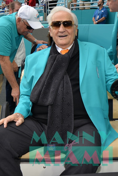 MIAMI, FL - DECEMBER 22, 2019 Taste of the NFL honors Don Shula at Hard Rock Stadium (Photo by Manny Hernandez)