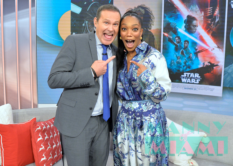 MIAMI, FL - DECEMBER 9:  Host Alan Tacher and Naomi Ackie promotes Star Wars: The Rise of Skywalker at Despierta America morning show at Univision Studios on December 9th, 2019 in Miami, FL (Photo by Manny Hernandez)