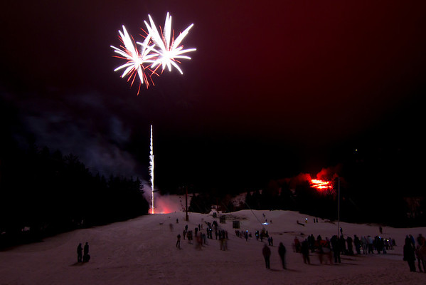 12/31/11 Hunter Mtn Fireworks