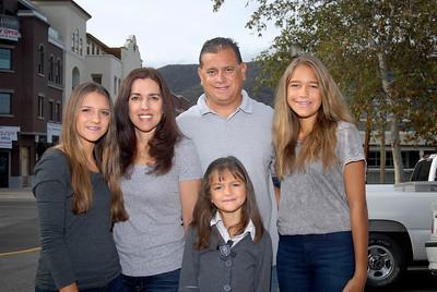 14-10- 26 Stephanie & Jose Family
