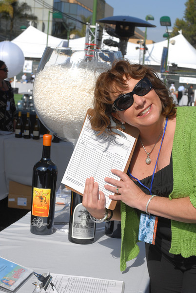 The Manhattan Beach Wine Auction benefitting the Manhattan Beach Education Foundation took place at the Manhattan Beach Country Club Saturday evening June 12th.