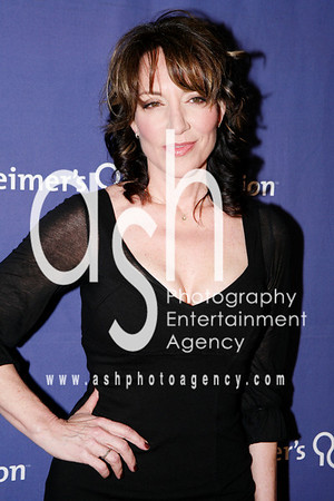 "Katey Sagal ""Actress- Married with Children/ 8 simple rules"""