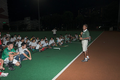 mr arul giving one of his speeches - a standout memory during my sji days was his speech abt having passion in wat u do, delivered jz a few steps away frm this place, at the stands above (after we kenna wack by dunno who).