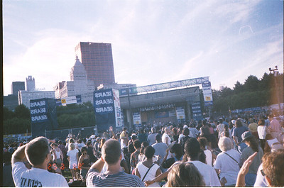 1999-6-25 04 EWF Concert in Grant Park