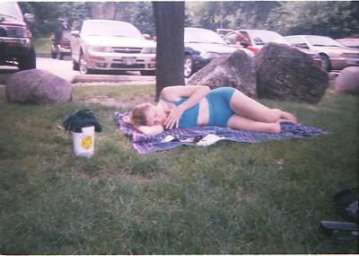 1999-6-27 12 Rose Sleeping