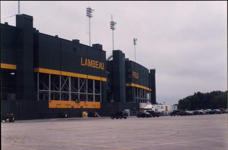 19980825 Visit to Lambeau Field (12)