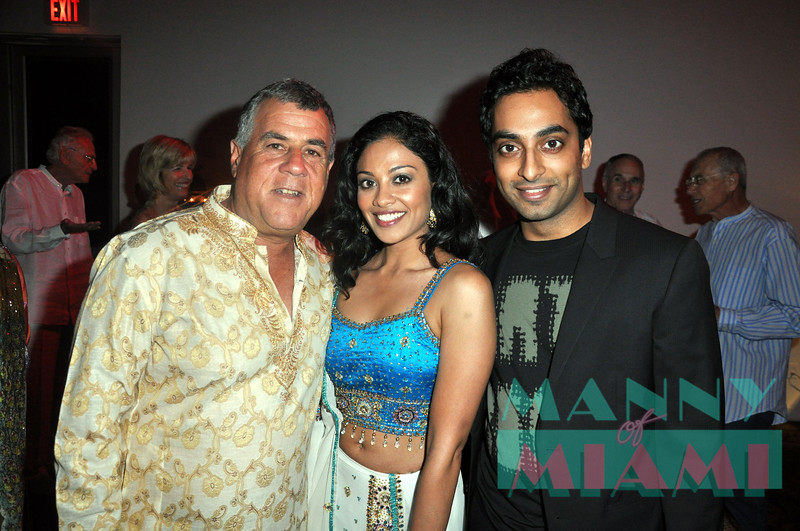 At Bollywood party at MOCA:<br /> -Alan Lieberman<br /> -Ami Sheth<br /> -Manu Narayan (he co starred with Mike Myers in Love Guru)<br /> manny hernandez photos