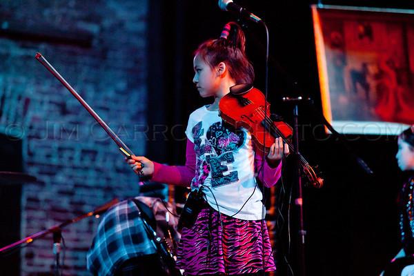 Musicafe_SchoolOfRock_JimCarrollPhotography-1585