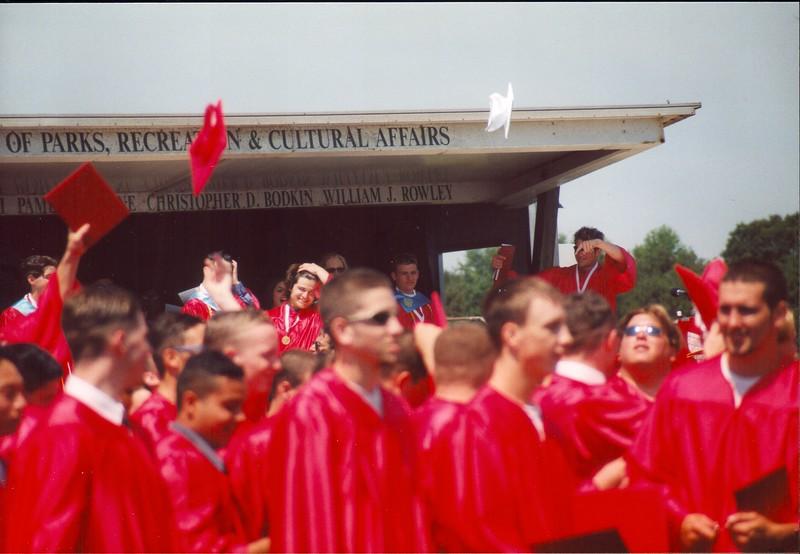 20000621 JoJo Graduation (11)
