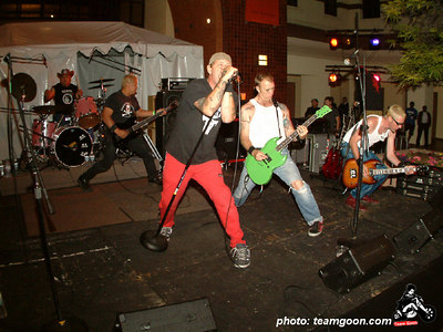 DI - Autry Museum Show with CH3 - DI - The Dickies - TSOL - June 18, 2004