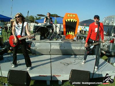 Groovie Goolies - VANS Warped Tour - Fullerton, CA - July 1, 2004