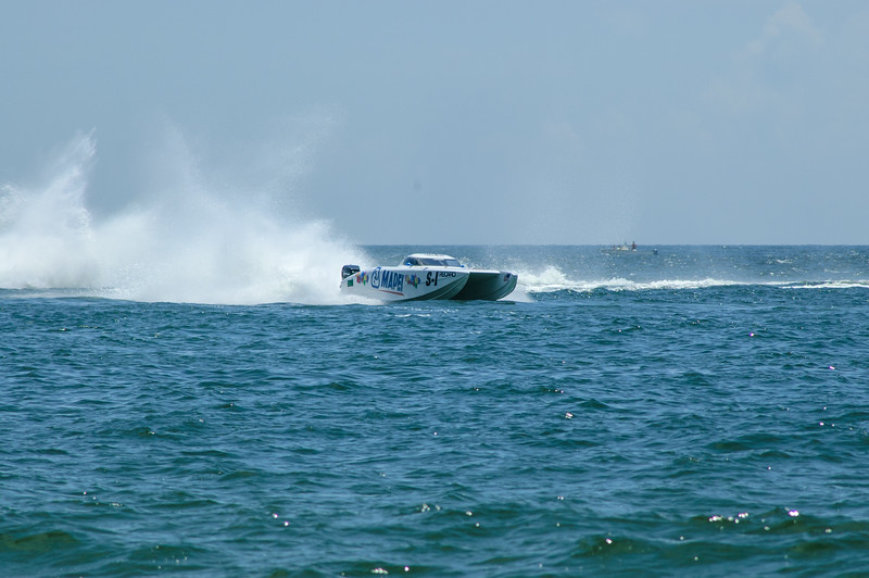 20040822 Pensacola Powerboat Race 011