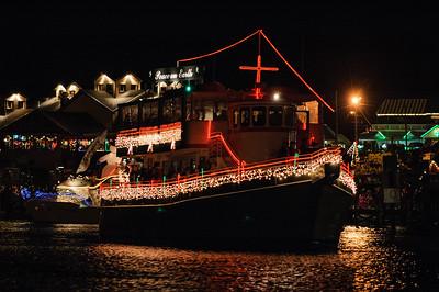 20041212 Destin Xmas Boat Parade 028