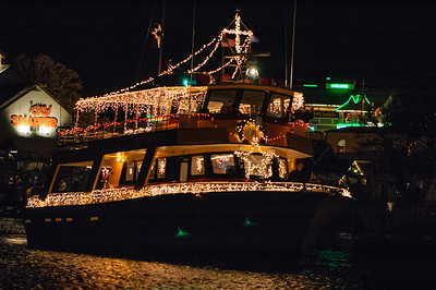 20041212 Destin Xmas Boat Parade 039