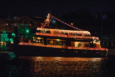 20041212 Destin Xmas Boat Parade 009