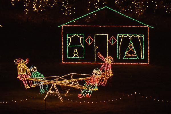 20041218 Bellingrath Christmas Lights 048