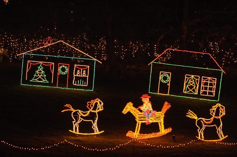 20041218 Bellingrath Christmas Lights 055