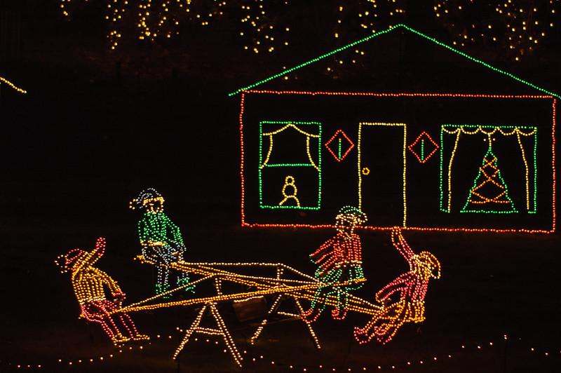 20041218 Bellingrath Christmas Lights 054