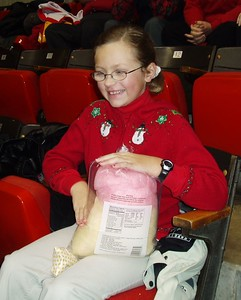 Andrea pre-game warm up: Sugar pecans and cotton candy!