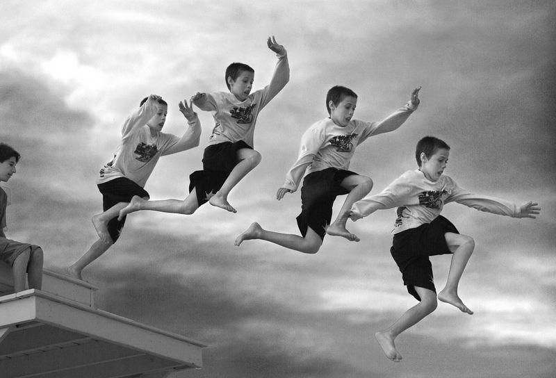 Ben Jumping bw