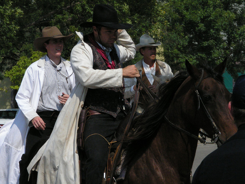 The outlaws ride into town