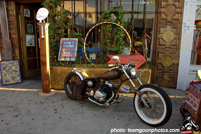 Nice bike - Sunset Junction Street Festival - Silver Lake - Los Angeles, CA - August 2006 - photo