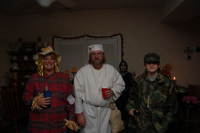 061028 Halloween Party 018
